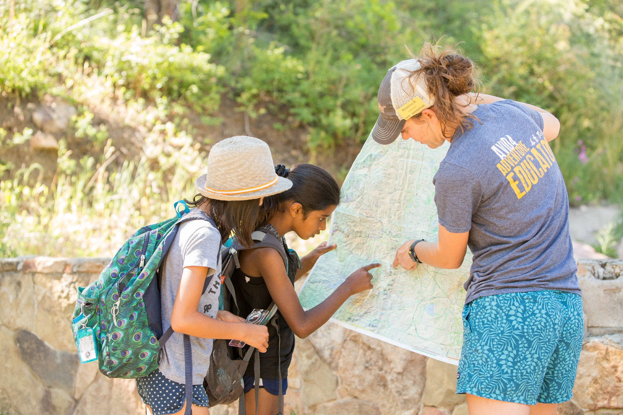 kids learning to read a map