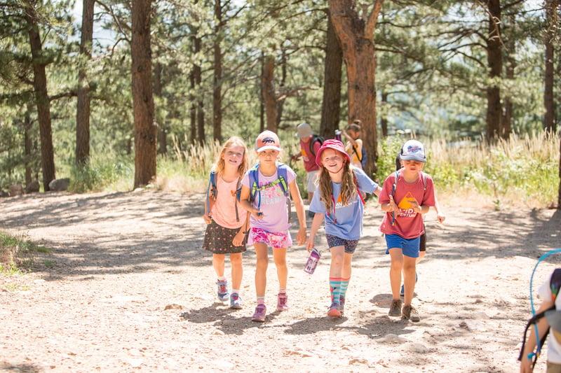 kids hiking at colorado summer camp