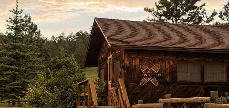 teen-overnight-camp-cabin