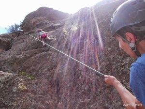 camper-rock-climbing