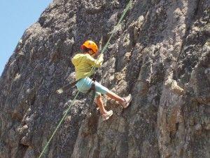 kid-rock-climbing